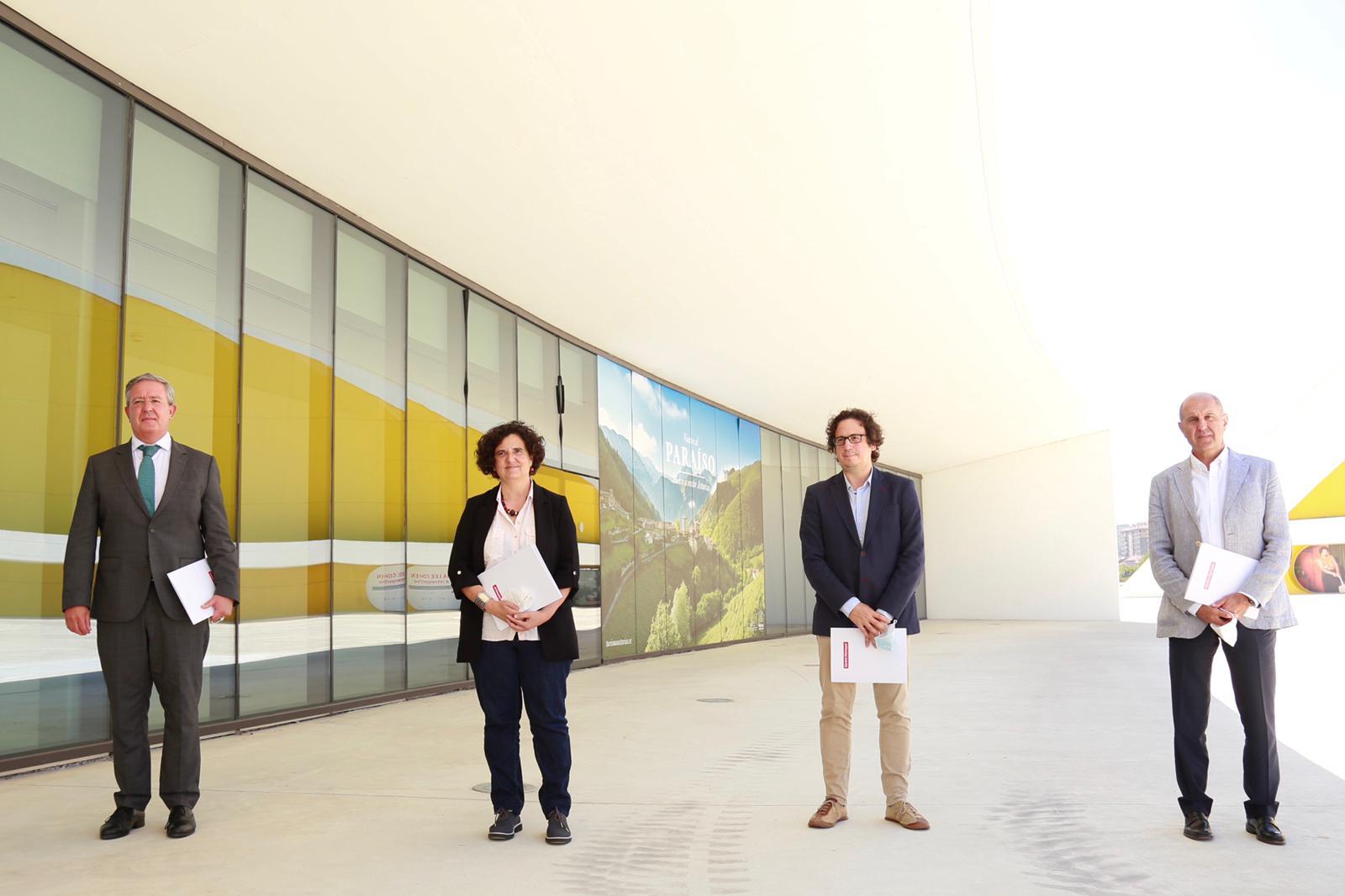 Antonio Romero Berta Piñán Carlos Cuadros y Armando Adeba